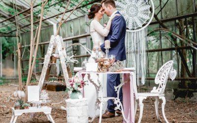 Botanical Love – Eine Inspiration für Bohohochzeiten im Gewächshaus