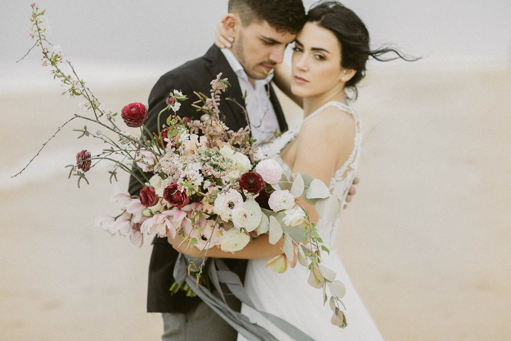 Wind of Porto – Ein romantisches Couple Shooting am windigen Strand von Porto