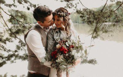 Alexandra & Gregor – Eine Bohohochzeit mit freier Trauung am See
