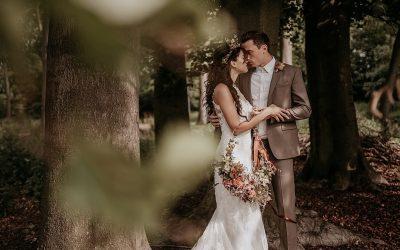 Eine blumige Inspiration einer Hochzeit im Frida Kahlo Stil