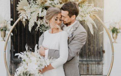 Elegant lightness – Inspiration einer Hochzeit in Weiß und Gold