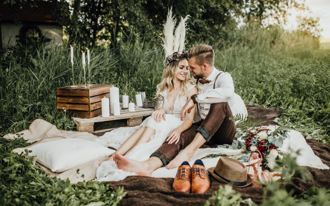 Cozy Forest Wedding – Inspiration eines bohoinspirierten Elopements im Wald