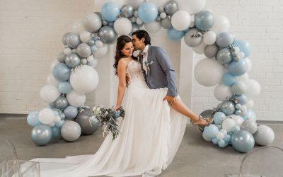 Up in the Sky – Dem Himmel so nah mit einem Hochzeitskonzept in Hellblau- bis Grautönen