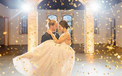Ciel de Nuit – Eine elegante Hochzeit vom Nachthimmel inspiriert in Blau & Gold