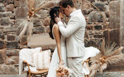 Intimate Cozyness – Eine Inspiration für intime Hochzeiten in Nude, Blush, Beige & Toffee